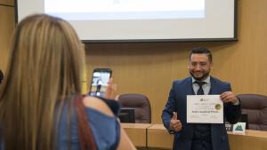 Pedro Sandoval Prieto accepts his award at the 2018 Volunteer Awards ceremony