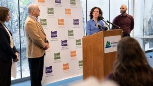 Health Officer Dr. Jennifer Vines lists health risks from climate change, calls for action