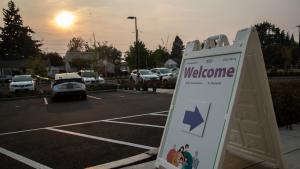Photo outside of new cooling center location in Southeast Portland