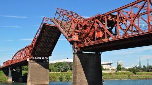Broadway Bridge with lift span deck open