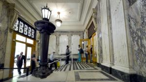 Central Courthouse lobby entrance