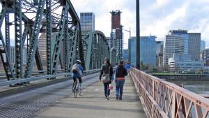Cyclist and pedestrians on Hawthorne Bridge