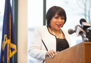 Commissioner Loretta Smith speaks to guests at renaming ceremony