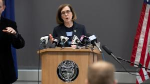 Gov. Kate Brown on Monday announced a new order further limiting the size of gatherings and banning dine-in options