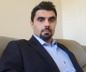 Image of Auditor's Office intern Fahim Salimi