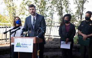 Multnomah County District Attorney Mike Schmidt is working with Chair Kafoury to secure $1 million in funding to bring on two new investigators and four new attorneys to add capacity to homicide investigations and prosecutions.