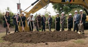 Project leaders at October 2016 groundbreaking for Multnomah County Central Courthouse.