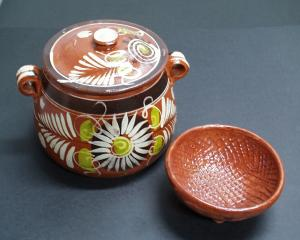 barro, a Mexican pottery